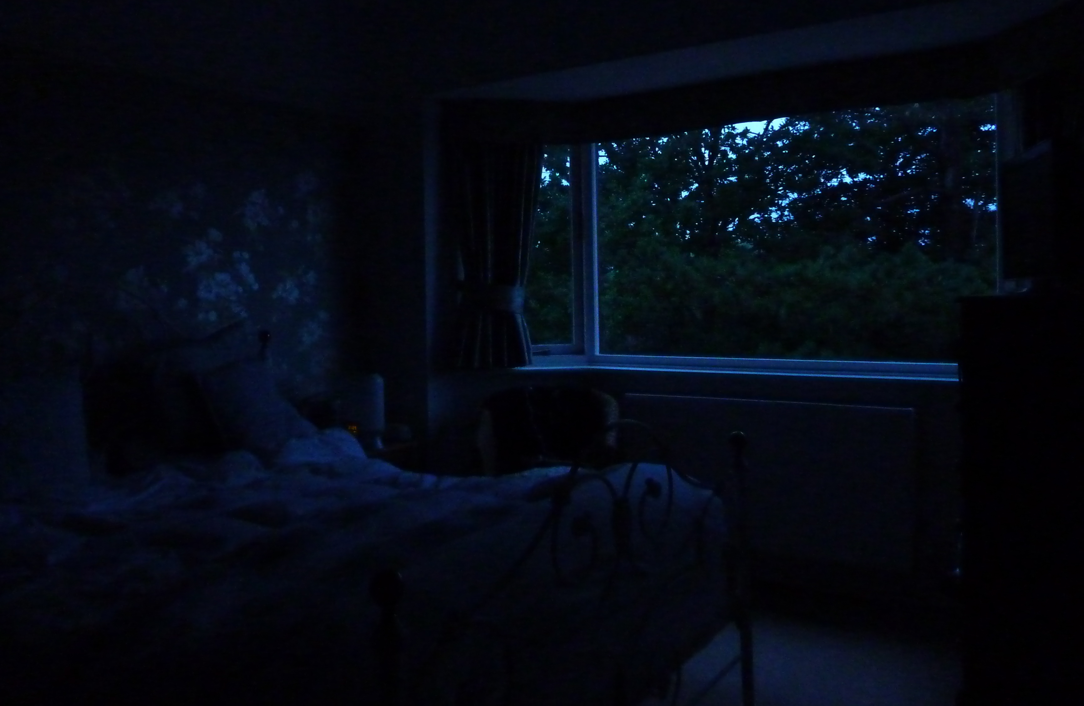 Bedroom at night time - Dark Bedroom Jpg 3465 2259